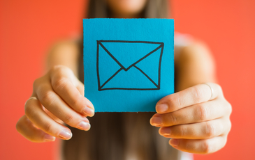 Overwhelmed to Organized: How to master your email